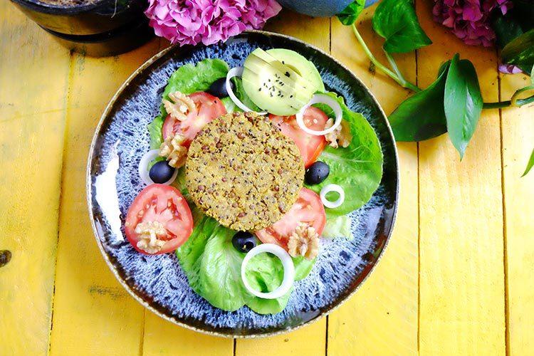 Cómo preparar hamburguesas vegetales de quinoa y lentejas